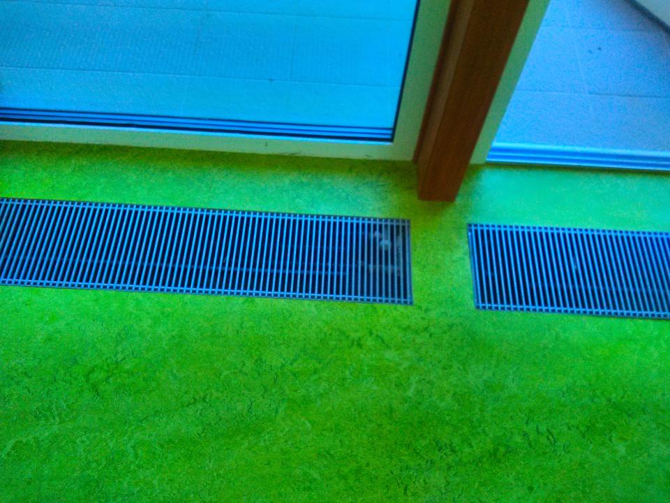 ms-uhrice-marmoleum-zelené