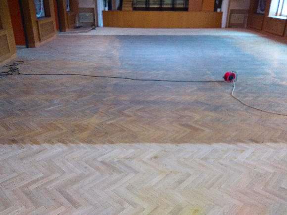 kulturvní dům koryčany - renovace podlahy